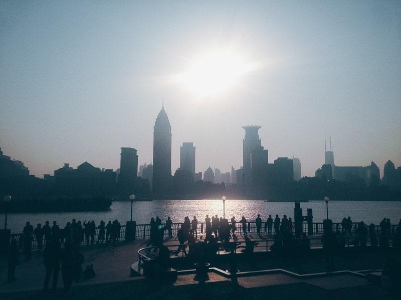 Vue sur le Bund depuis Pudong